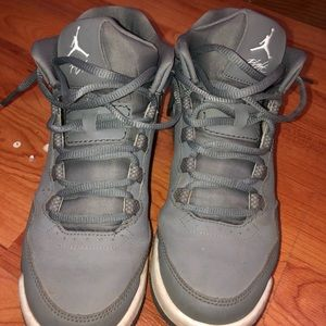 Grey Jordan flights 4.5